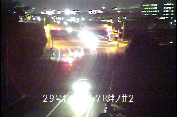 国道29号津ノ井ライブカメラは、鳥取県鳥取市津ノ井の津ノ井に設置された国道29号(津ノ井バイパス)が見えるライブカメラです。