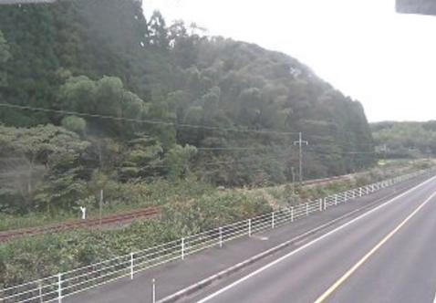 鳥取県道22号倉吉青谷線原ライブカメラは、鳥取県湯梨浜町原の原に設置された鳥取県道22号倉吉青谷線が見えるライブカメラです
