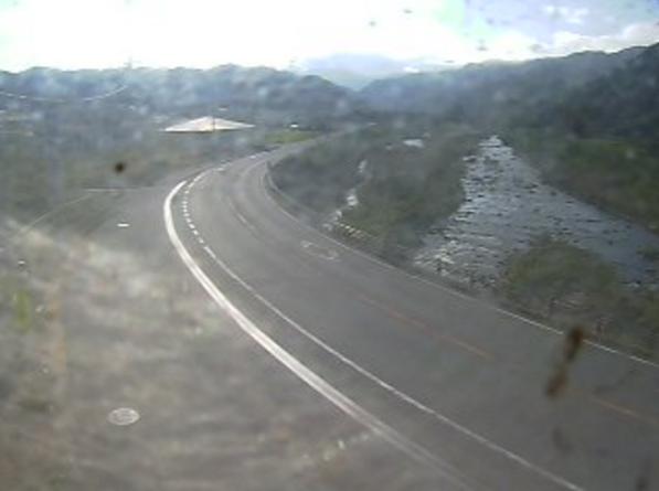 国道181号佐川ライブカメラは、鳥取県江府町佐川の佐川に設置された国道181号(出雲街道)が見えるライブカメラです。