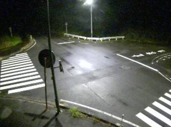 鳥取県道9号安来伯太日南線茶屋ライブカメラは、鳥取県日南町茶屋の茶屋に設置された鳥取県道9号安来伯太日南線・鳥取県道106号多里伯太線が見えるライブカメラです。