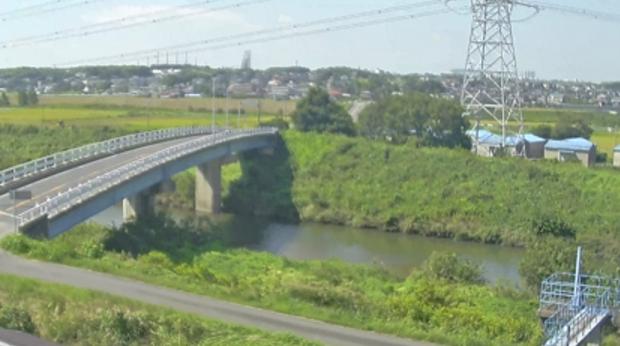 KATCH境川刈谷市泉田町ライブカメラは、愛知県刈谷市泉田町の刈谷市泉田町に設置された境川が見えるライブカメラです。