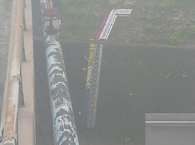 豆搗川豆搗橋ライブカメラは、愛知県東浦町石浜の豆搗橋に設置された豆搗川が見えるライブカメラです。