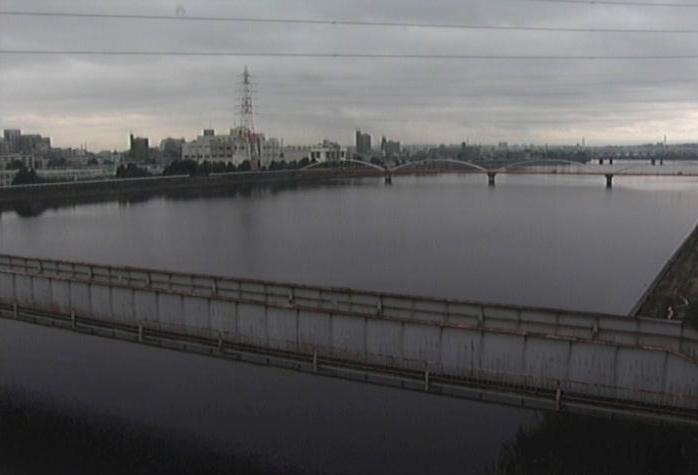 天白川河口ライブカメラは、愛知県東海市南柴田町の天白川河口に設置された天白川が見えるライブカメラです。