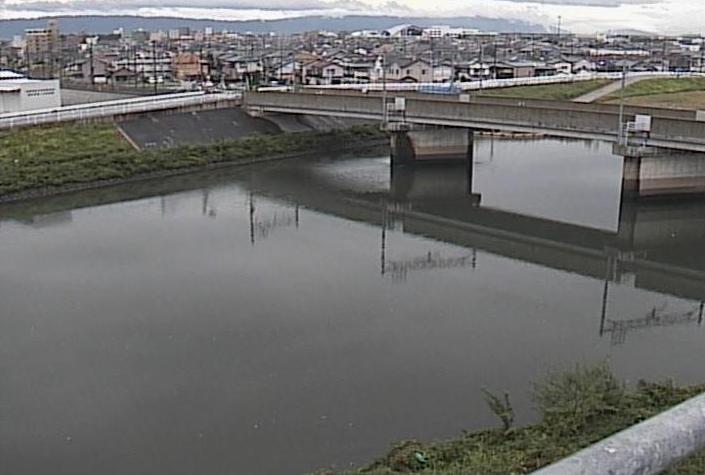 五条川法界門橋ライブカメラは、愛知県清須市桃栄の法界門橋に設置された五条川が見えるライブカメラです。