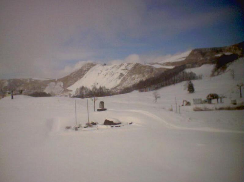ホテルプラトーこのはなハチ高原スキー場ライブカメラ(兵庫県養父市鉢高原)