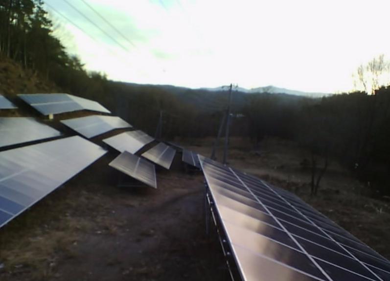 白州太陽光発電所5号機ライブカメラ(山梨県北杜市白州町)