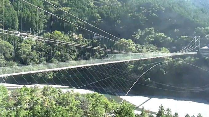 谷瀬の吊り橋ライブカメラ(奈良県十津川村谷瀬)