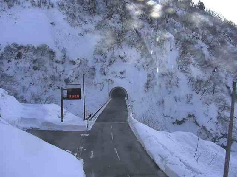 国道291号山古志トンネルライブカメラ(新潟県長岡市山古志)