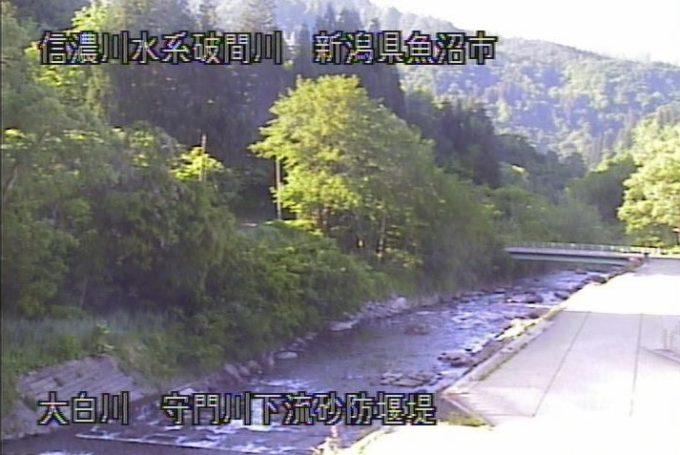 登川長大橋ライブカメラ(新潟県南魚沼市大木六)