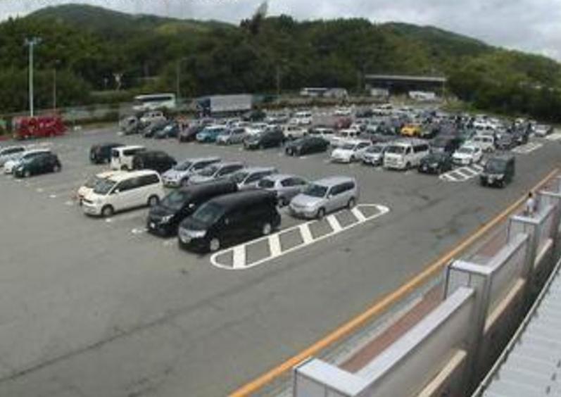 九州自動車道基山パーキングエリア下りライブカメラ(福岡県筑紫野市原田)