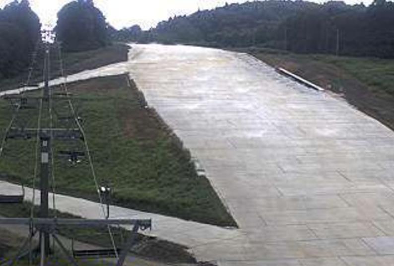 かぐらスキー場かぐらサマーゲレンデライブカメラ(新潟県湯沢町三俣)