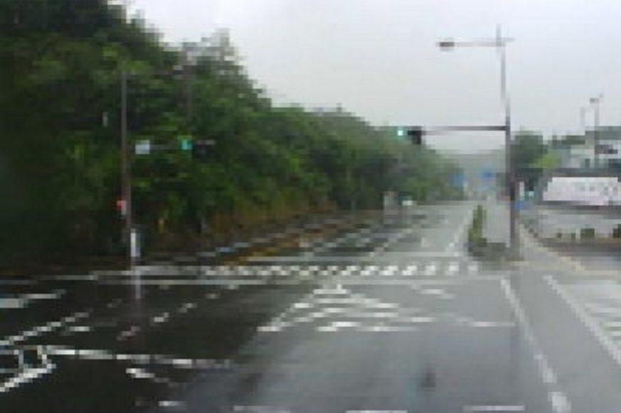 明光バス藤島北交差点ライブカメラ(和歌山県白浜町堅田)