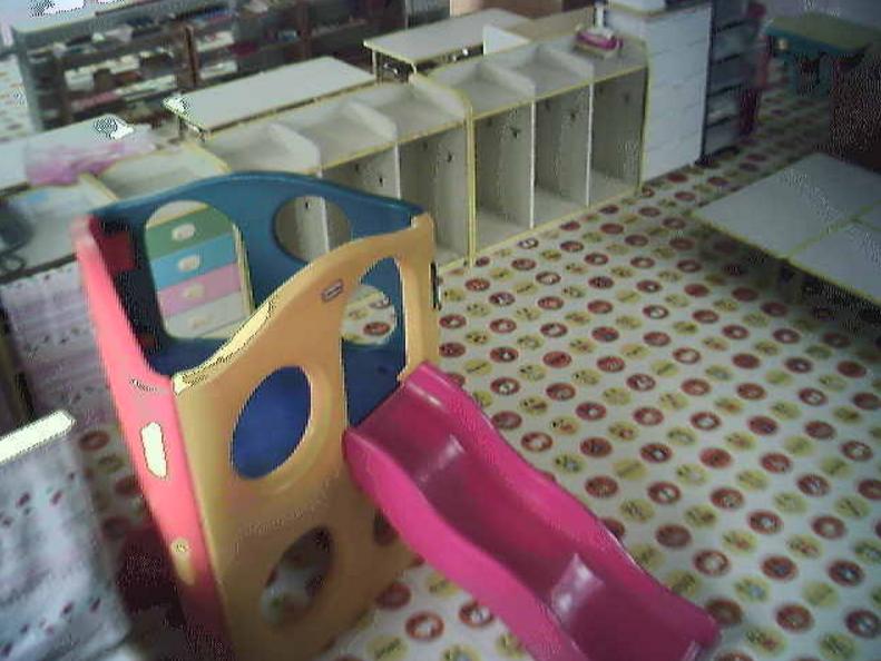 若松青葉幼稚園パンダルームライブカメラ(福岡県北九州市若松区)