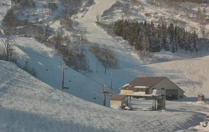 シャルマン火打スキー場ライブカメラ(新潟県糸魚川市西飛山)