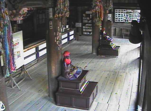 UCV信濃国分寺本堂薬師堂ライブカメラ(長野県上田市国分)