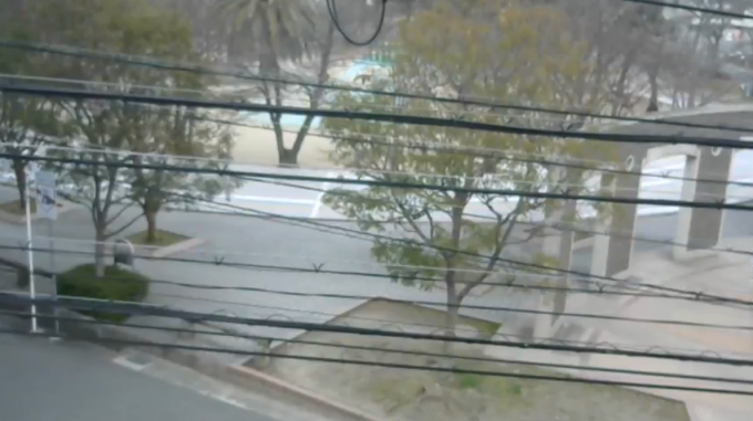 サンライズソフト江坂公園ライブカメラ(大阪府吹田市江坂町)