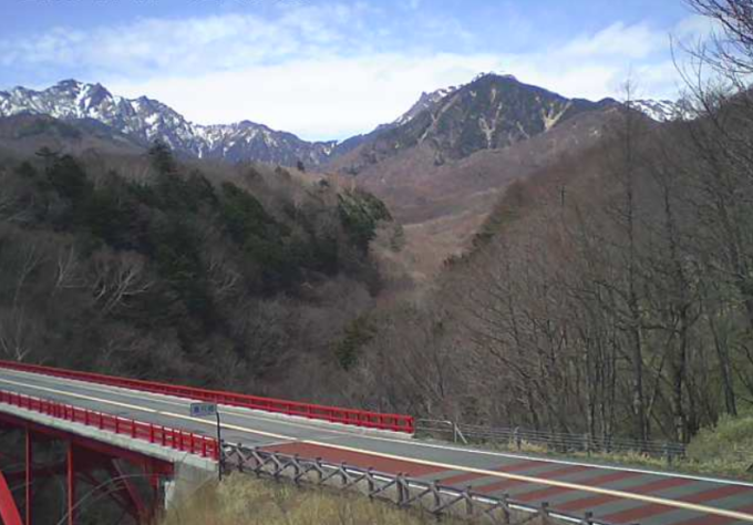東沢大橋赤い橋ライブカメラ(山梨県北杜市大泉町)