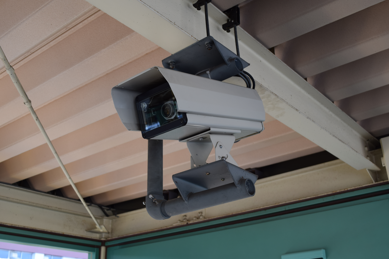 鉄道駅に設置しているライブカメラ