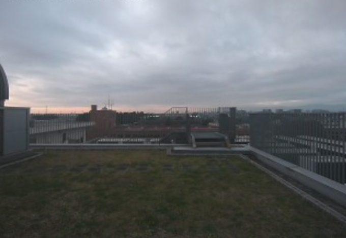 桜美林大学町田キャンパス理化学館上空天気ライブカメラ(東京都町田市常盤町)