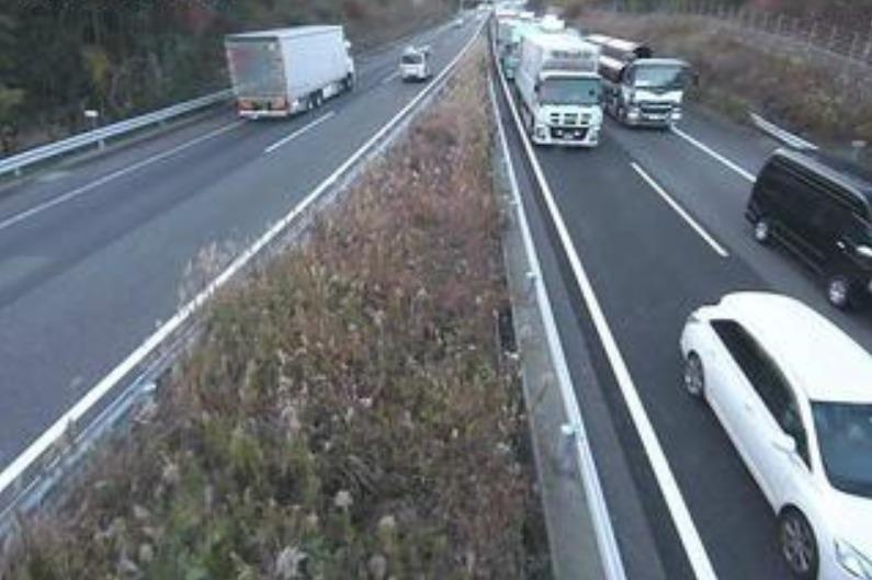 新名神高速道路亀山ジャンクションライブカメラ(三重県亀山市辺法寺町)