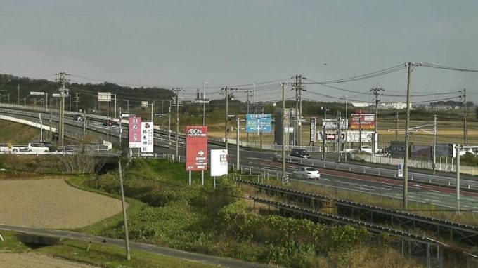 CTY国道1号鈴鹿市上野交差点ライブカメラ(三重県鈴鹿市上野町)