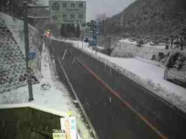 国道303号寒風トンネル西ライブカメラ(滋賀県高島市今津町杉山)