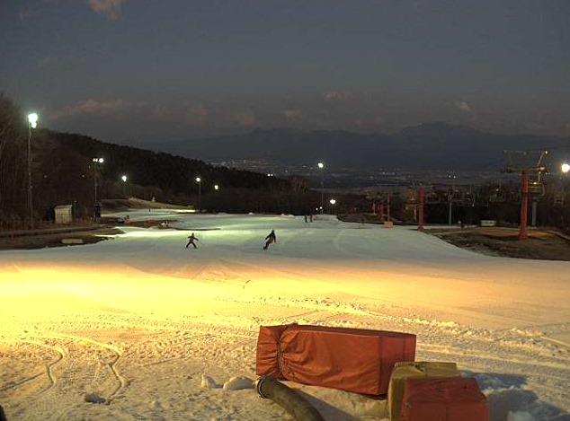 フジヤマスノーリゾートイエティライブカメラ(静岡県裾野市須山)