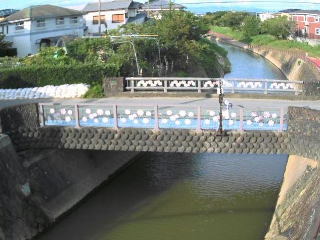 陣屋川新近橋ライブカメラ(福岡県久留米市北野町今山)