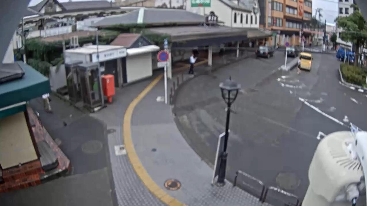 JR鎌倉駅西口ライブカメラ(神奈川県鎌倉市御成町)