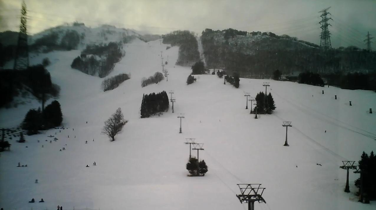 苗場スキー場第2ライブカメラ(新潟県湯沢町三国)