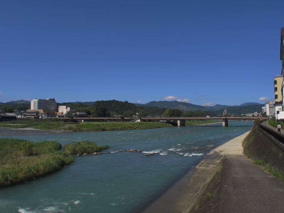 球磨川九日町ライブカメラ(熊本県人吉市九日町)