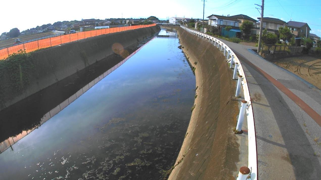 新谷田川放水路二の堰橋ライブカメラ(群馬県千代田町舞木)
