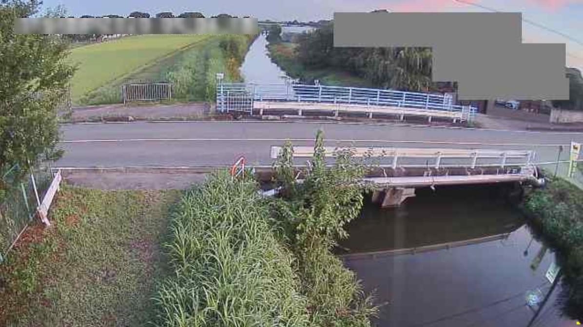 赤堀川新鯉沼橋観測局ライブカメラ(埼玉県鴻巣市常光)