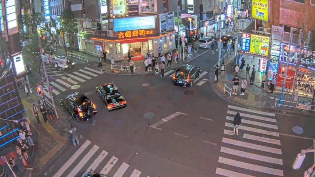 新宿歌舞伎町ライブカメラ(東京都新宿区歌舞伎町)