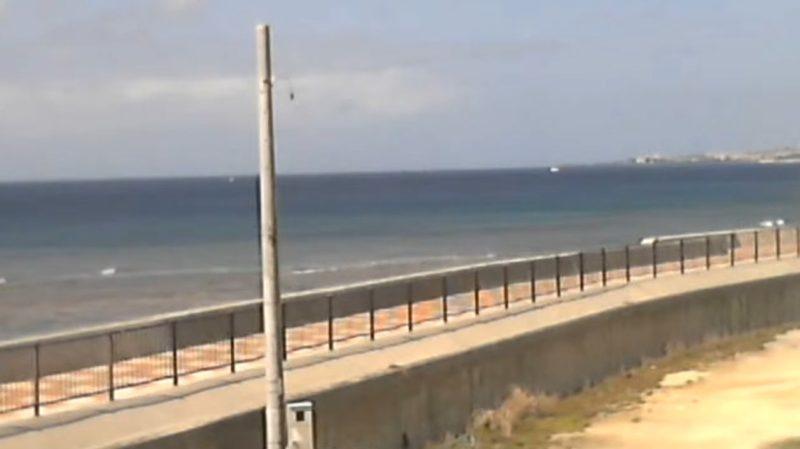 砂辺コーナーポイントライブカメラ(沖縄県北谷町砂辺)