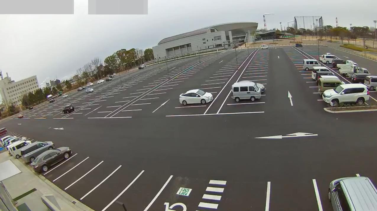 四日市市中央緑地第1駐車場ライブカメラ(三重県四日市市日永東)